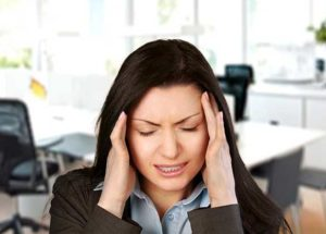 Ayurvedic Treatment For Migraine! know the causes & symptoms
